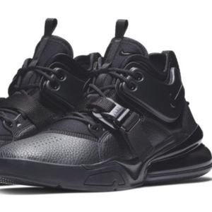 Nike Air Force 270 triple black, 9 new w/box